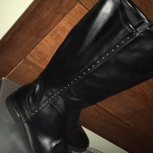 Avenue Shoes - Extra Wide Width Side Stud Rider Boot